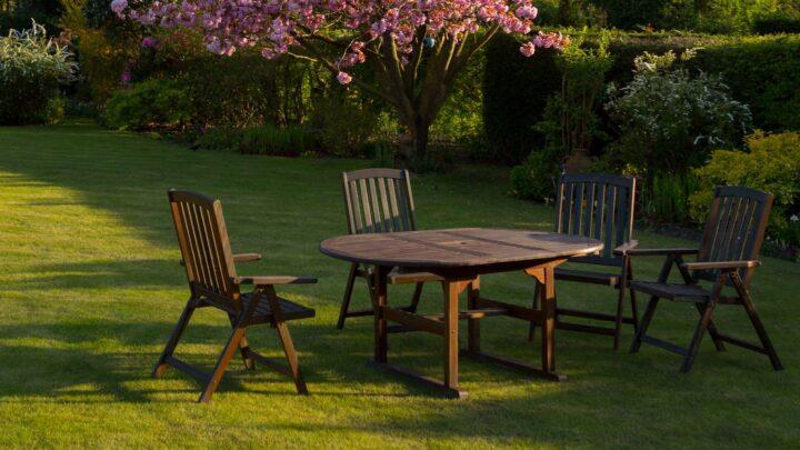 Rundt havebord – Skab forskellige looks til terrassen med flotte, runde haveborde