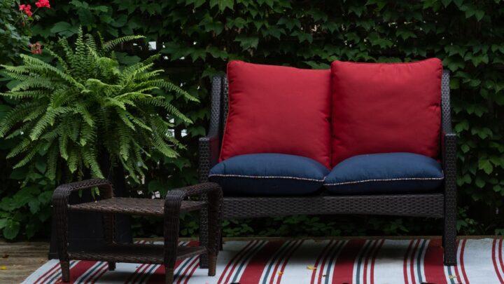 Lille loungesæt – Guide til dit valg af loungesæt, hvis pladsen er trang